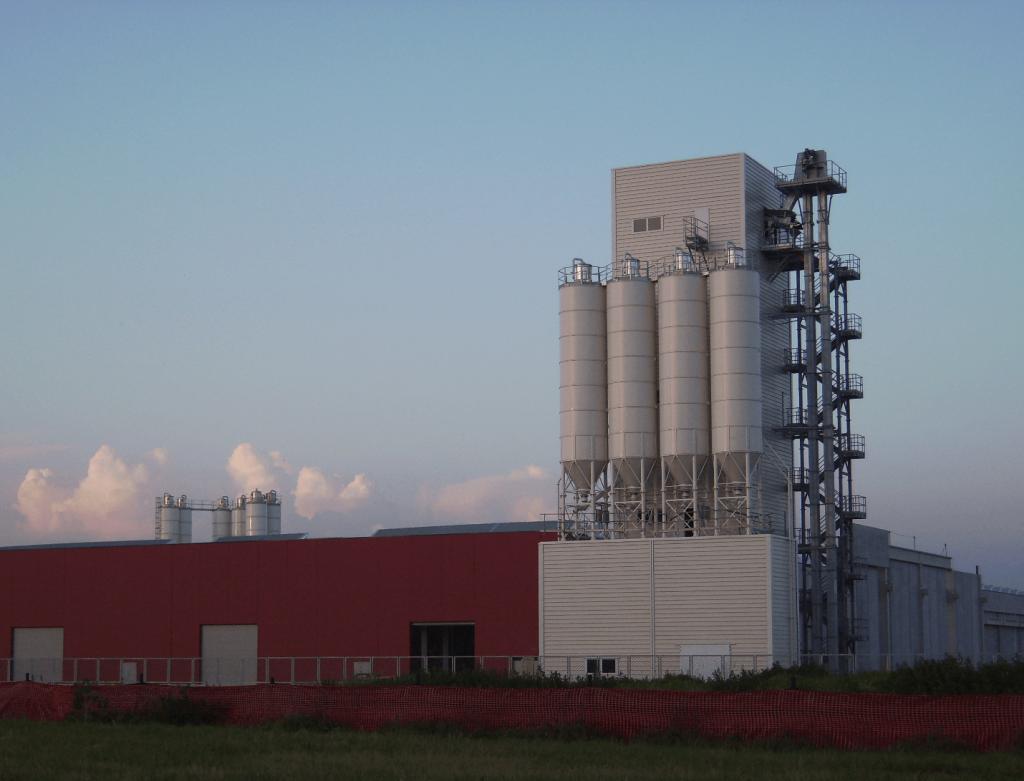 Simem stationary batching plant Towerbeton